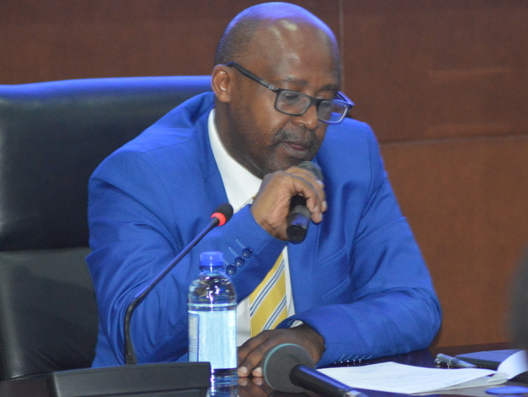 Moratorium on issuance of broadcast license suspended